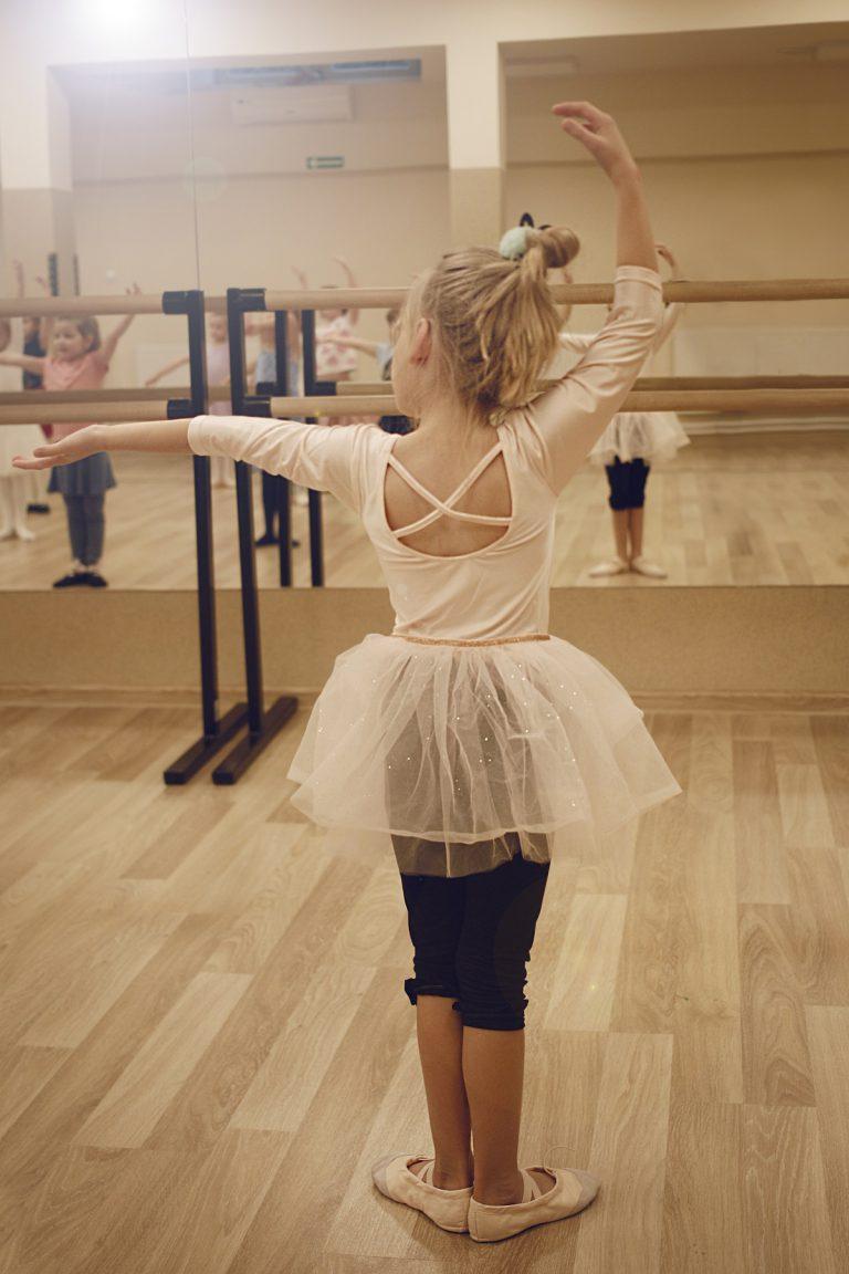 Sekcja: Balet z elementami tańca klasycznego